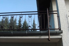 Geländer mit Zierstäben